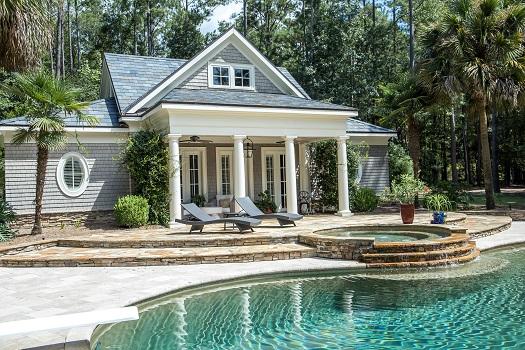 4 Reasons for Having a Custom-Built Pool