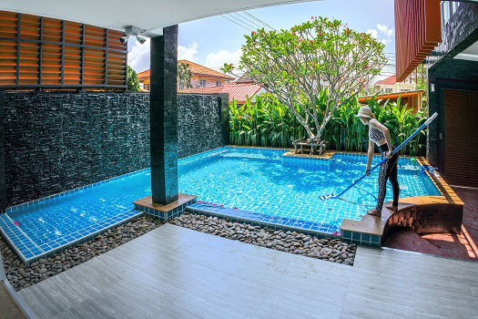 Basic Steps for Maintaining Your Swimming Pool
