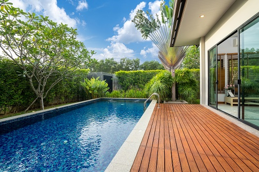 Best Shapes for Swimming Pools