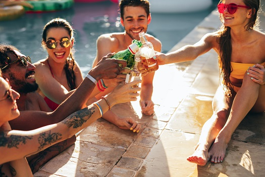 6 Tips for Having Fun in Your Pool During the Summer