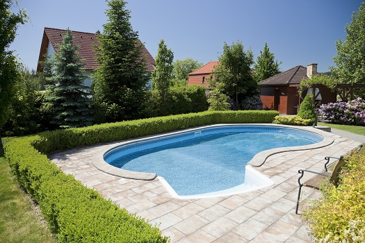 6 Tips on Enhancing Your Pool's Visual Appeal