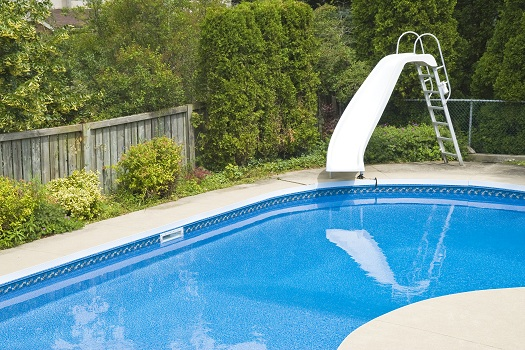 4 Great Reasons to Add a Slide to Your Backyard Swimming Pool